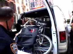 La bici sequestrata a Joshua